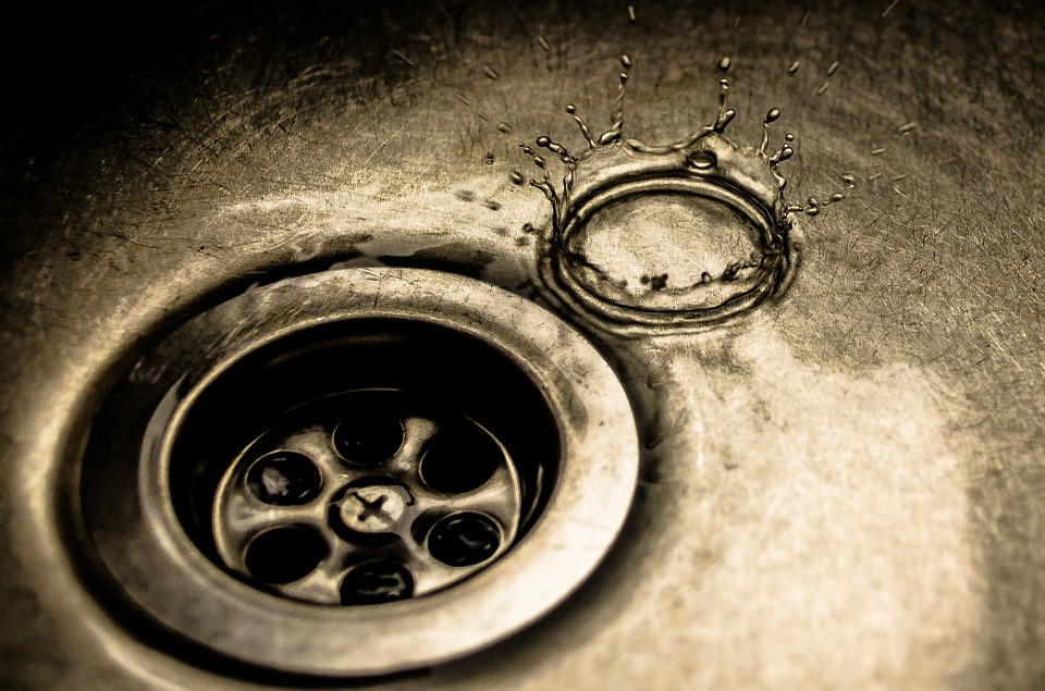 HOW TO PREVENT BLOCKED DRAINS